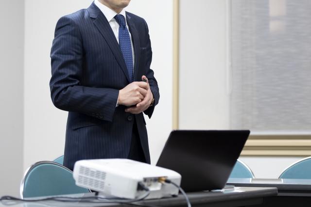 業界団体の勉強会の講師を務めました。